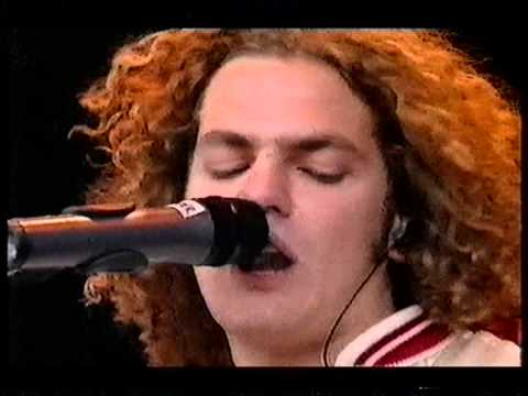 Toploader, Dancing In The Molight,  at Glastbury 2000