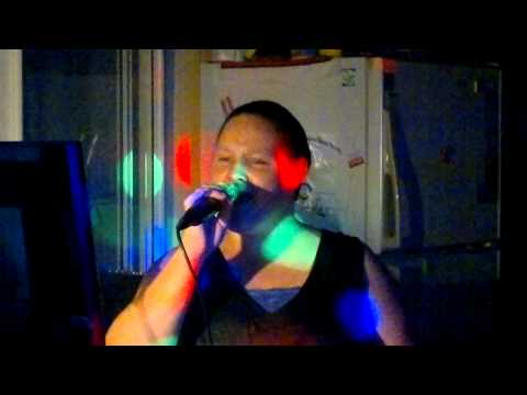 back-in-babies-arms---amanda-moo-homann-/-jimmys-karaoke-0749267374