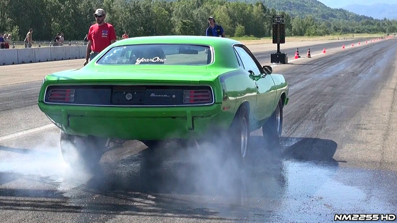 Plymouth Cuda Burnout At The Drag Strip Youtube