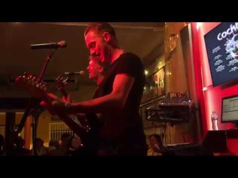 Dreamers Bar Tenerife - Ollie Cusack and Adrian Brooks - Living on a Prayer