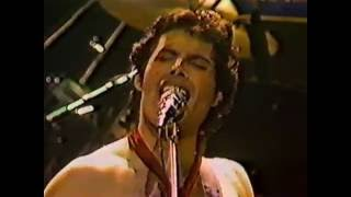 19. Crazy Little Thing Called Love (Queen In Hammersmith: 26/12/1979) [Filmed Concert]