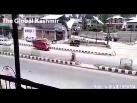 Militants attack on police in Islamabad(Anantnag) kashmir