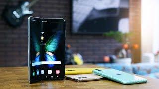 Kdo vyhraje novou dekádu? Samsung Fold x Apple iPhone? [4K]