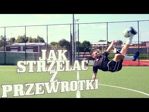 Triki piłkarskie od FutbolTriks - jak strzelać z przewrotki w piłce nożnej.