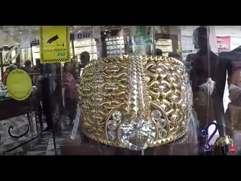 Gold Market Of Dubai | World's Largest Gold Ring is in Dubai