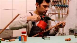 видео Припой для пайки медных труб: мягкий припой, флюс паста, что нужно для сварки
