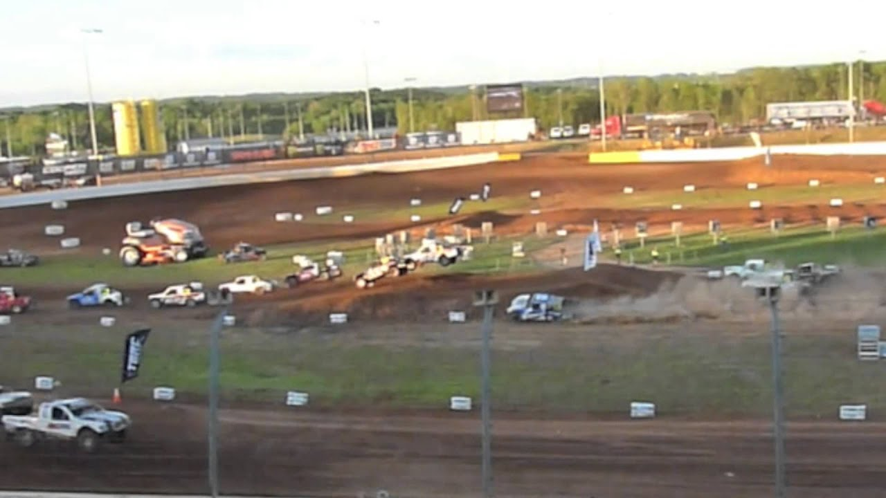 The dirt track at charlotte motor speedway t o r c for Dirt track at charlotte motor speedway