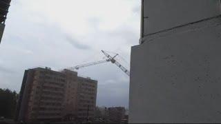 Russian crane collapse: Massive crane collapses into apartment block in Kirov