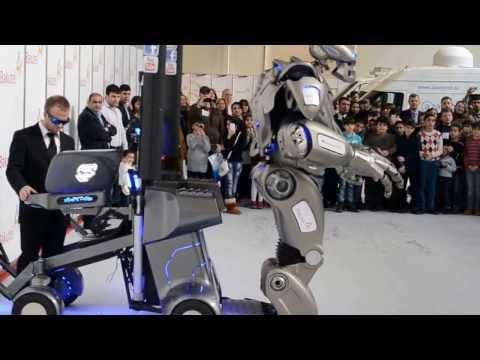 Titan Robot Baku Expo 2013
