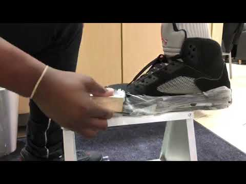 How to clean Metallic 5s With Shoe Mgk