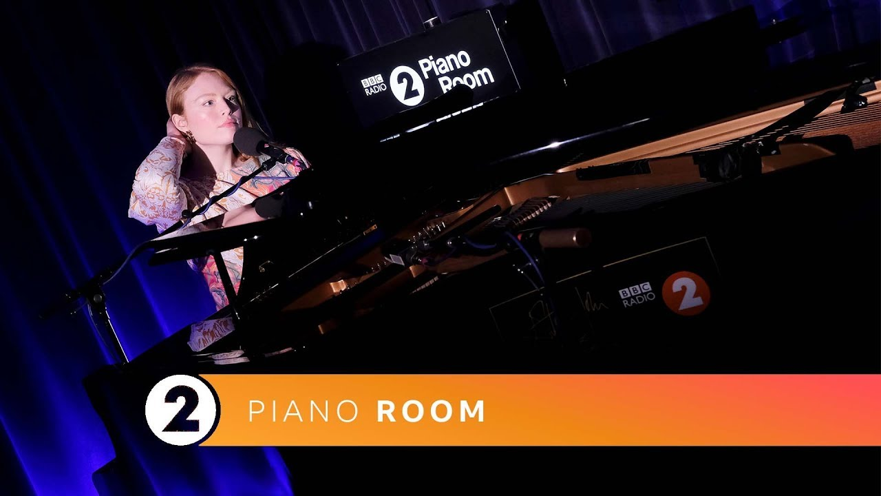 Freya Ridings - Lost Without You (Radio 2 Piano Room)