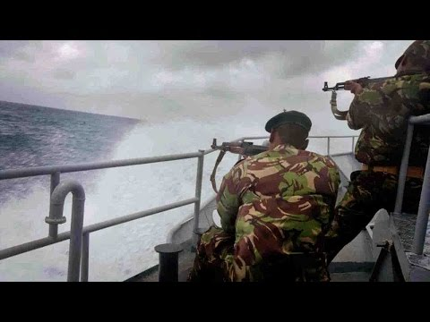 Somali pirates release hijacked oil tanker, hostages