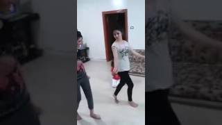 احله رقص بنات عله معزوفه 2017لاه بشده