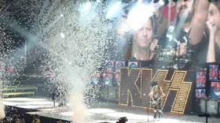 "KISS - ""Hotter Than Hell"" In Oshawa"