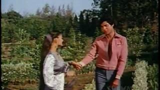 Baho Ke Ghere Me - Nazrana Pyar Ka - Bollywood Romantic Song