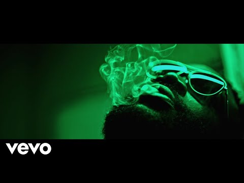 Rick Ross - Green Gucci Suit ft. Future (Official Video)
