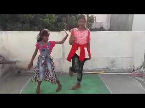 Hat ja tau girls  dance