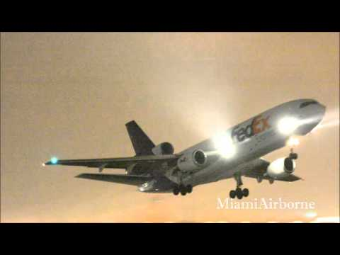 RAINY!!!!!! Fedex MD-10 Takeoff from Miami International