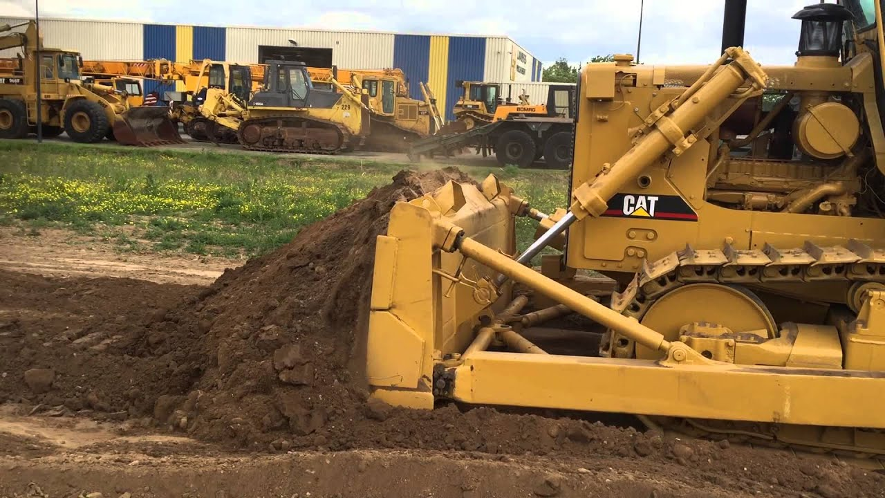 Caterpillar D7G ex army!! with winch  Only 3 300 hours  For sale at  www lamersmachinery com