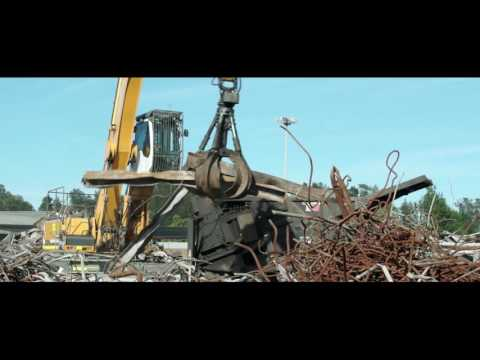 Liebherr – A 934 C Litronic Material Handler in Action
