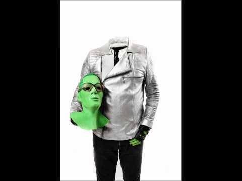 Ellen Allien-Trash Scapes (Anthony Rother remix) +lyrics in description