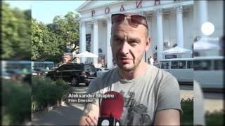 euronews cinema - Ах, Одесса, жемчужина у моря!(В Одессе состоялся кинофестиваль, свою роль там сыграла и знаменитая лестница из легендарного эйзенштейно..., 2011-07-19T18:31:51.000Z)