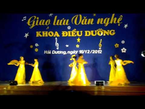 DIEU DUONG 9D,giao lưu khoa điều dưỡng trường DHKT y tế Hải Dương