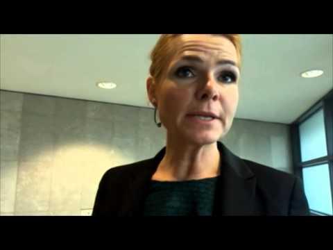 Danmarks integrationsminister Inger Støjberg efter krismötet