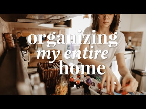 I Threw Out So Much Trash // Organize & Clean With Me