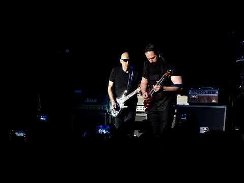 G3 Jam - Satriani, Petrucci, Roth - Voodoo Child (Crocus City Hall, Moscow, Russia, 16.03.2018)