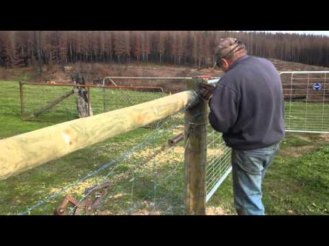 Straining a Wire for Rural and Property Fencing - Tapscott Rural Fencing Contractors SA