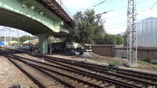 Пассажирский поезд проходит станцию Ростов-Главный