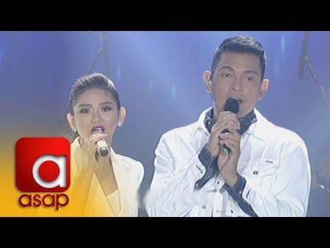 ASAP: Sarah G, Gary V sing
