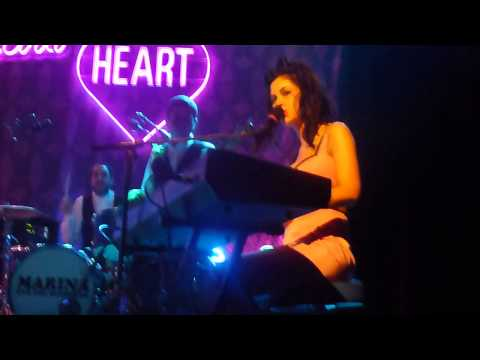 Marina & the Diamonds - Obsessions + Valley of the Dolls (Dublin 2012)