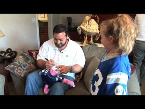 Indiana Bank & Trust and Jeff Saturday visit family impacted by Columbus, IN floods.
