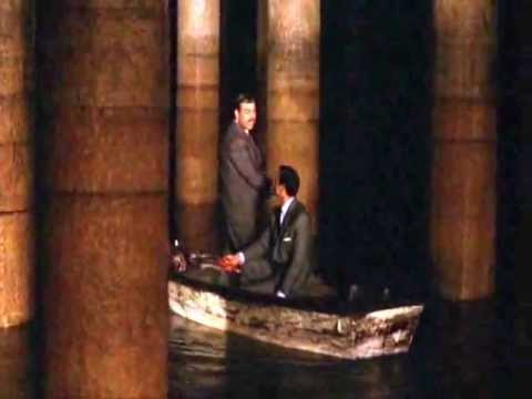 james_bond_basilica.wmv