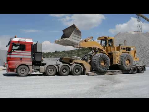 Loading And Transporting Cat 988B Wheel Loader - Heavy Transports