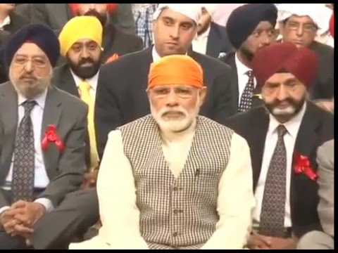 Narendra Modi prays at Gurudwara in Iran capital Tehran