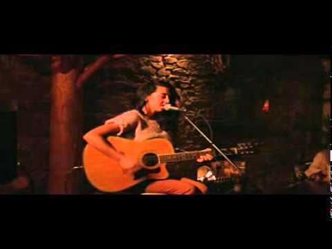Dancing In The Dark - Abi Ewles - Ammos Acoustic Showcase