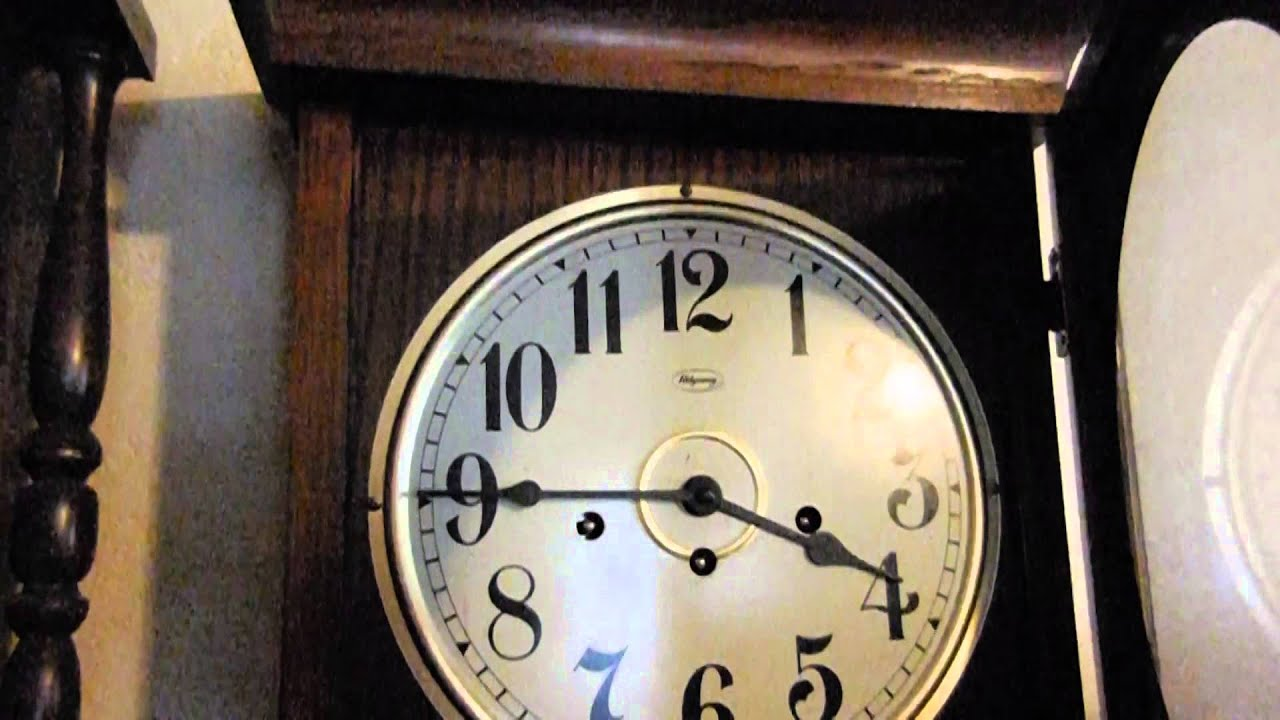 Vintage Ridgeway Regulator Pendulum Triple Chime Wall Clock with