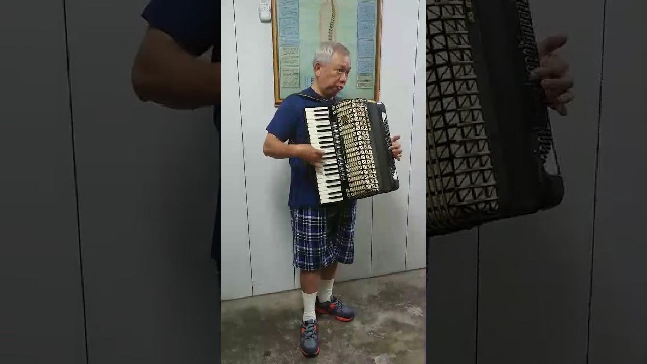林仲智老師手風琴演奏之一 - YouTube