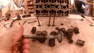 видео Замена ремня грм 8-ми клапанный 1.6l мотор!
