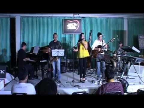 Troy & Rita Project (4/5): Singin' in the Rain (Live)