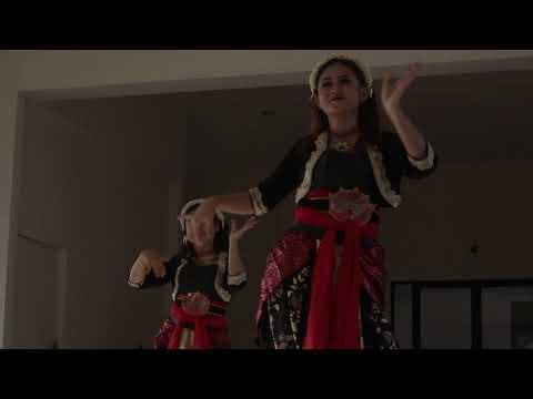 Renjana : Scene Tari Tradisional