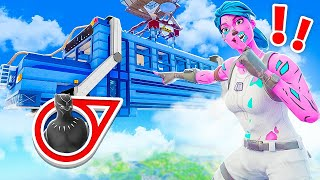*EXTREME* HIDE or SNITCH in the BATTLE BUS! (Fortnite)