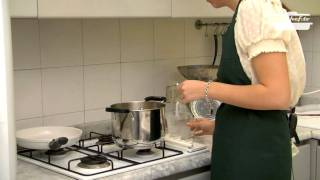 Youchef.tv - Eng. - Potatoes, Leeks And Porcini Mushrooms Soup