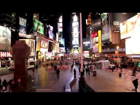 Short Film: A Pigeon in Times Square, New York