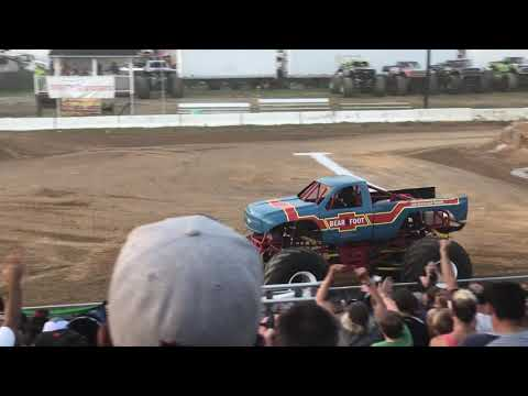 Bear Foot Flop at Monster Truck Madness
