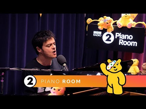 Jamie Cullum - Love Is In The Picture (Children In Need) Radio 2 Piano Room