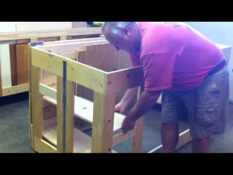 Woodworking Folding Assembly Finish Table Work Bench Kreg Youtube